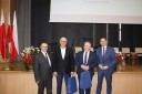 W imieniu pracowników Powiatowego Urzędu Pracy we Wschowie wyróżnienia odebrał dyrektor Andrzej Nowick